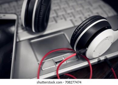 laptop headphone  background