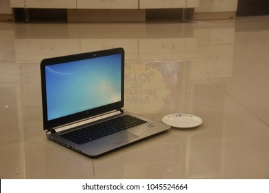 LAPTOP ON USE, WORK FROM HOME, REMOTE WORK CONCEPT, DHAKA, BANGLADESH, 13 MARCH 2018