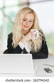 Laptop, Women, Computer.