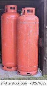 Large gas cylinders