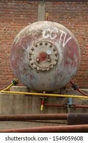 large gas storage barrel barrel cover