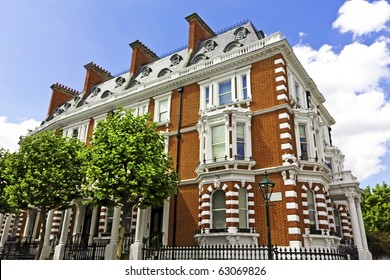 Large house in London's wealthy neighborhood Notting Hill.