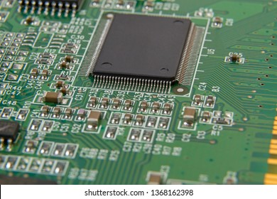 Large IC chip on printed circuit board