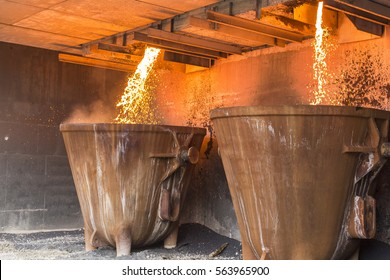 Large industrial cauldrons for waist disposal