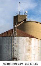 Large industrial Grain Silos made of steel