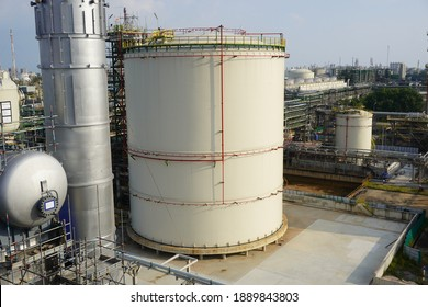 Large industrial tanks or spherical tanks for filter of petrochemical plant, oil and gas or water in refinery or power plant for industrial plant