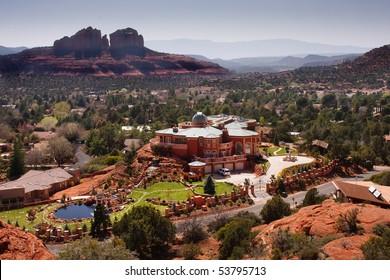 Large mansion and desert landscape in the city of Sedona, Arizona