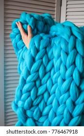 Large merino wool hand made blanket, super chunky yarn for cozy interior