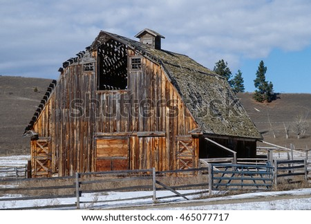 Large Old Barn That Built Great Stock Photo Edit Now 465077717