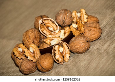a large pile of fresh useful walnuts