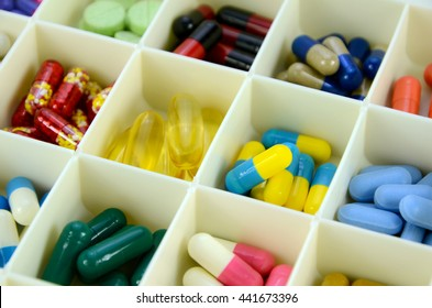 Large pill box for individual weekly pill storage. Pill Box for polypharmacy patients.