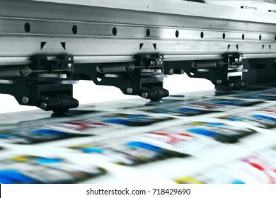 large printer format inkjet workinglarge printer format inkjet working.