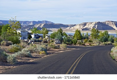 Large RV Park in Northern Arizona - Lake Powell Area. RVing and Camping Photo Collection.