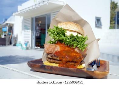 Large size Okinawa-style hamburger