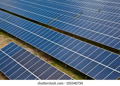 Large solar energy collector farm