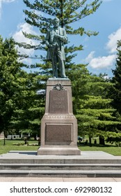 Large statue of Ulysses Grant in Galena