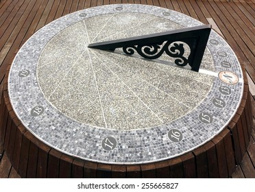 A large sundial timepiece that is aligned with the true north