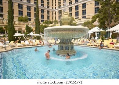 Bellagio Pool Images Stock Photos Vectors Shutterstock