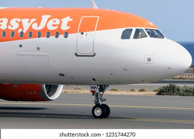 Las Palmas November 7, Airbus A320-251N, Easyjet, by taxiway, pilot and first officer, waving before takeoff. November 7, 2018, Las Palmas, (Canary Islands) Spain.