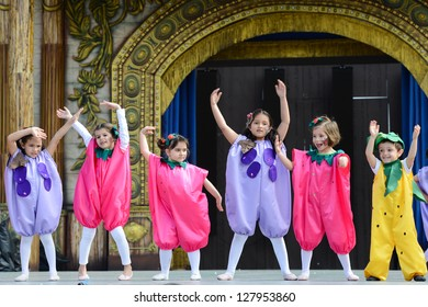 LAS PALMAS, SPAIN -FEBRUARY 10: Unidentified children from Escuela de Danza Bellarte, from Canary Islands, performing during Children's Costume and Murgas, on February 10, 2013 in Las Palmas,Spain