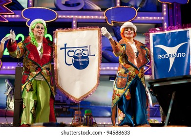 LAS PALMAS , SPAIN - FEBRUARY 6: Unidentified members from Murga Los Leganosos, from Canary Islands, perform during 1st, round of the Murgas contest on February 6, 2012 in Las Palmas, Spain