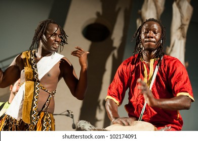LAS PALMAS, SPAIN-MAI 4: Unidentified musicians from Senegal of group Hermanos Thioune, from Canary Islands, perform during a charity for Africa on Mai 4, 2012 in Las Palmas, Spain