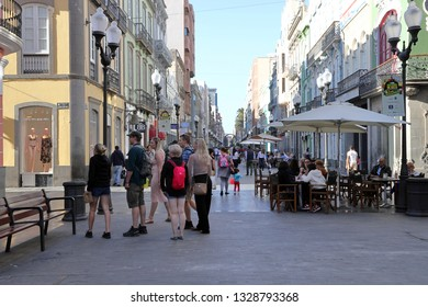Las Palmas,Gran Canaria.02.09.2019.A pedestrian shopping street with beautiful  buildings and balconies.Calle Triana is one of the City's most important and popular  shopping areas in the capital.