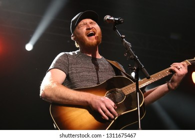 LAS VEGAS - APR 1: Eric Paslay performs at The Joint on April 1, 2017 in Las Vegas, Nevada.