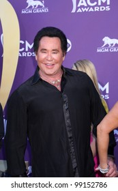 LAS VEGAS - APR 1:  Wayne Newton arrives at the 2012 Academy of Country Music Awards at MGM Grand Garden Arena on April 1, 2010 in Las Vegas, NV.