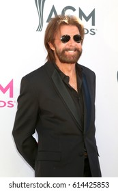 LAS VEGAS - APR 2:  Ronnie Dunn at the Academy of Country Music Awards 2017 at T-Mobile Arena on April 2, 2017 in Las Vegas, NV