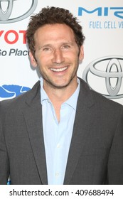 LAS VEGAS - APR 21:  Mark Feuerstein at the Keep It Clean Comedy Benefit For Waterkeeper at the Avalon Hollywood on April 21, 2016 in Los Angeles, CA