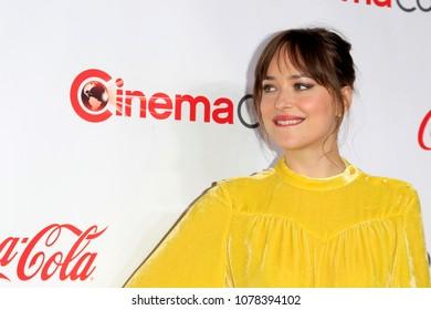 LAS VEGAS - APR 26:  Dakota Johnson at the 2018 CinemaCon - Awards Gala at Caesars Palace on April 26, 2018 in Las Vegas, NV