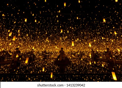 Las Vegas, APR 28: The famous Infinity Mirrored Room showing in Bellagio Gallery of Fine Art on APR 28, 2019 at Las Vegas, Nevada