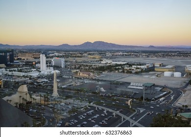 Las Vegas, APR 29: Superb sunset aerial view of Strip, Las Vegas and Casinos on APR 29, 2017 at Skyfall Loung, Mandaly Bay, Nevada