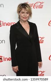 LAS VEGAS - APR 4: Linda Hamilton attends The CinemaCon Big Screen Achievement Awards at OMNIA Nightclub at Caesars Palace during CinemaCon on April 4, 2019 in Las Vegas, Nevada.