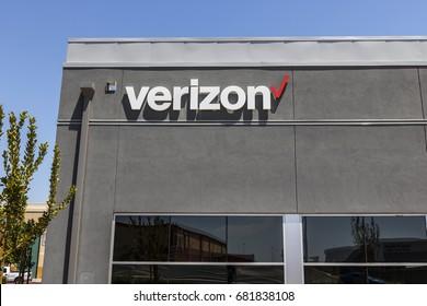 Las Vegas - Circa July 2017: Verizon Wireless Retail Location. Verizon is the largest U.S. wireless communications service provider XVII