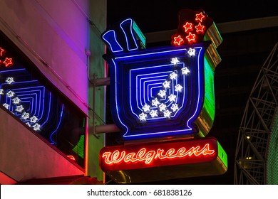 Las Vegas - Circa July 2017: Neon Walgreens Logo and Signage Night Location. Walgreens is an American Pharmaceutical Company XIV