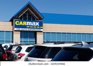 Las Vegas - Circa June 2019: CarMax Auto Dealership. CarMax is the largest used and pre-owned car retailer in the US II
