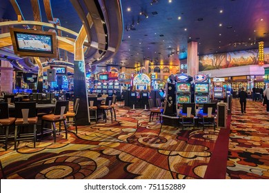 Las Vegas - DECEMBER 12, 2013: Famous Las Vegas Casinos on Decem