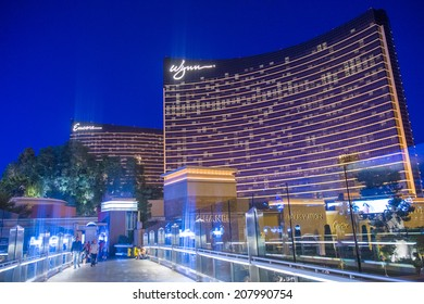 LAS VEGAS - JULY 21 : The Wynn Hotel and casino on July 21 , 2014 in Las Vegas. The hotel has 2,716 rooms and opened in 2005.