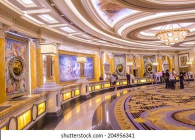 LAS VEGAS - JUNE 15 :The Caesars Palace hotel loby on June 15, 2014 in Las Vegas. Caesars Palace is a luxury hotel and casino located on the Las Vegas Strip. Caesars has 3,348 rooms in five towers
