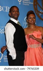 LAS VEGAS - JUNE 19:  Darnell Williams, Debi Morgan in the Press Room of the  38th Daytime Emmy Awards at Hilton Hotel & Casino on June 19, 2010 in Las Vegas, NV.