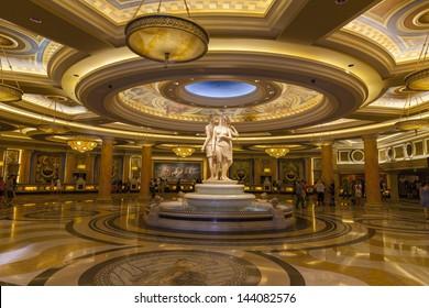 LAS VEGAS - JUNE 26: Caesars Palace on June 26, 2013  in Las Vegas. On June 26th, 2013, Caesars Entertainment corp. severed business ties with Paula Dean.