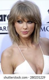 LAS VEGAS - MAY 17: Taylor Swift at the 2015 Billboard Music Awards at the MGM Grand Garden Arena on May 17, 2015 in Las Vegas, Nevada.
