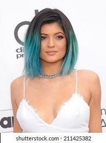LAS VEGAS - MAY 18:  Kylie Jenner arrives to the Billboard Music Awards 2014  on May 18, 2014 in Las Vegas, NV.