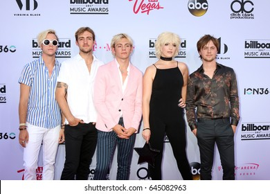 LAS VEGAS - MAY 21:  Riker Lynch, Rocky Lynch, Ross Lynch, Rydel Lynch, Ellington Ratliff at the 2017 Billboard Music Awards - Arrivals at the T-Mobile Arena on May 21, 2017 in Las Vegas, NV