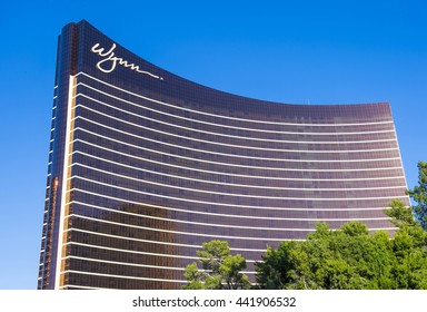 LAS VEGAS - MAY 21 : The Wynn Hotel and casino on May 21 , 2016 in Las Vegas. The hotel has 2,716 rooms and opened in 2005.