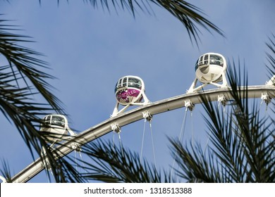 Ferris Wheel Palm Trees Images, Stock Photos & Vectors | Shutterstock