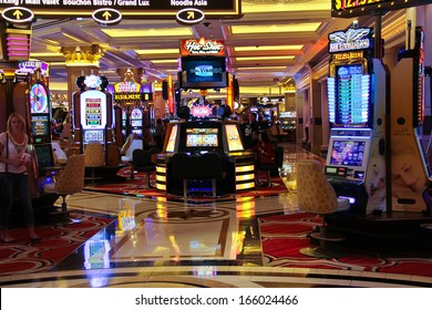LAS VEGAS, NEVADA, USA - OCTOBER 20 : Slot machines in the Palazzo Hotel on October 20, 2013 in Las Vegas, Palazzo opened on December 30, 2007. One of the most luxurious hotels in Las Vegas