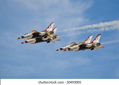 LAS VEGAS - NOV 7:  US Air Force Thunderbirds demonstration team performs at Aviation Nation 2008 Airshow, November 7, 2008, Nellis AFB, Las Vegas, NV